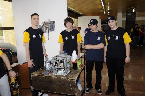 robot 006